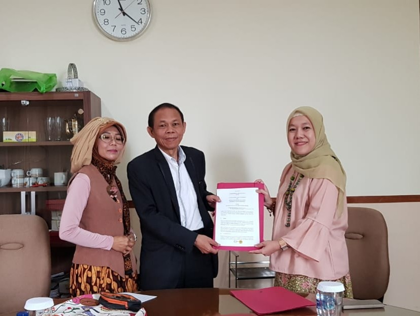 MOU Signing between RSF and Universitas Pasundan